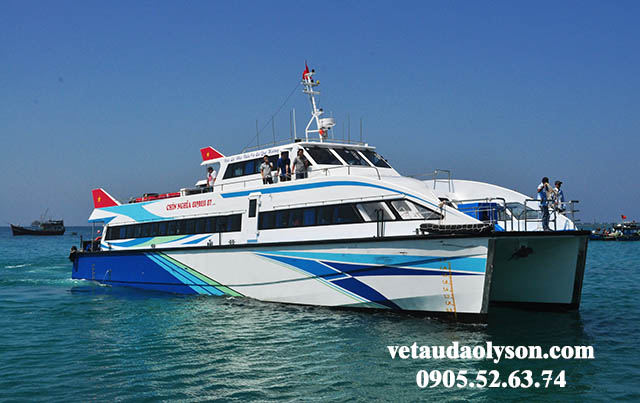 Tàu siêu tốc Chín Nghĩa Express đi Lý Sơn