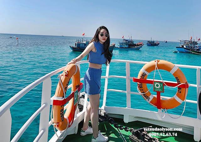 Ngắm biển trên tàu siêu tốc Super Biển Đông 2