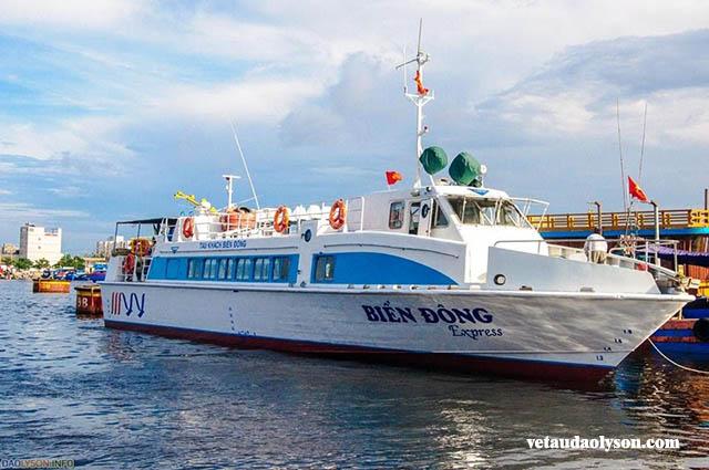 Vắng bóng tàu cao tốc ra Đảo Lý Sơn