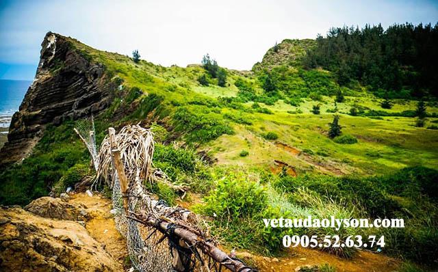 Đỉnh núi Giếng Tiền Đảo Lý Sơn