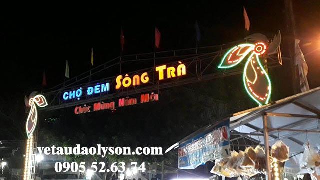 Chợ đêm Sông Trà