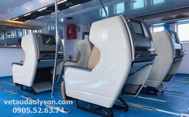 Dàn ghế VIP tàu siêu tốc Chín Nghĩa Express 09
