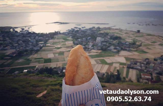 Bánh mì Đảo Lý Sơn