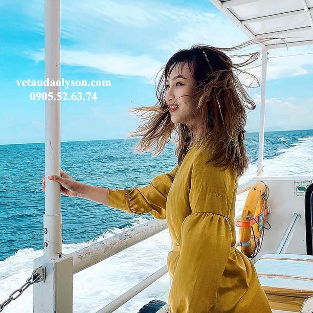 Cảm giác ngắm biển đại dương mệnh mông từ tàu siêu tốc đi Lý Sơn
